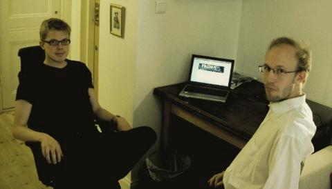 Stefan och Daniel skriver kommunikationsplan
